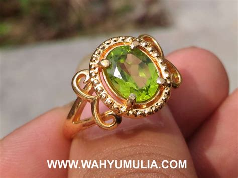 Cincin Batu Akik Warna Hijau batu cincin permata warna hijau peridot cewek kode 493