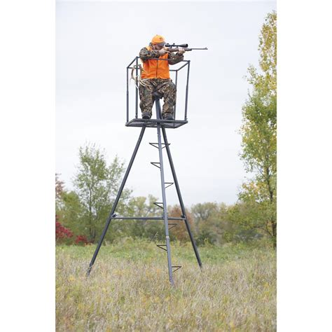 Tripod Standing L Guide Gear 13 Deluxe Tripod Deer Stand 177429 Tower