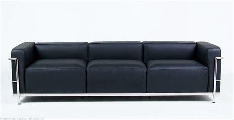 Le Corbusier: LC3 Grande Sofa   ModernClassics.com
