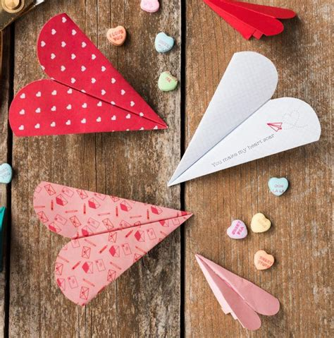 paper airplane valentines free printable paper airplanes allfreepapercrafts