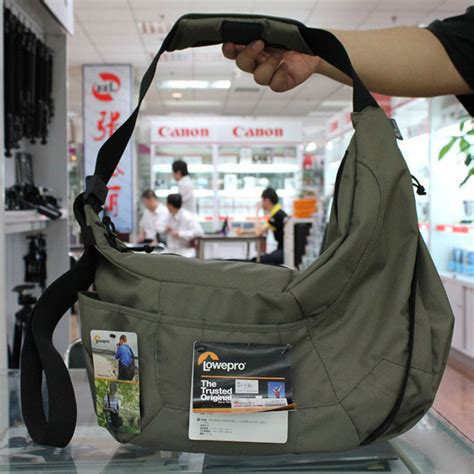 Tas Kamera Lowepro Photo Traveler 150 Mica Grey lowepro rugzak passport backpack lowepro