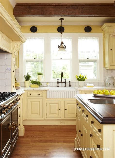 yellow kitchen walls with white cabinets 40 colorful kitchen cabinets to add a spark to your home