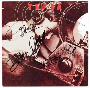 Tesla The Great Radio Controversy Album Tesla Band 5 Signed The Great Radio Controversy Record