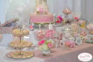 Sweet Table by Ma Sweet Table Sera Chic Et Canon Mariage