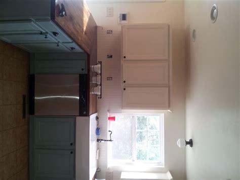 whimsical perspective my kitchen cabinets with annie les 25 meilleures id 233 es de la cat 233 gorie annie sloan chalk