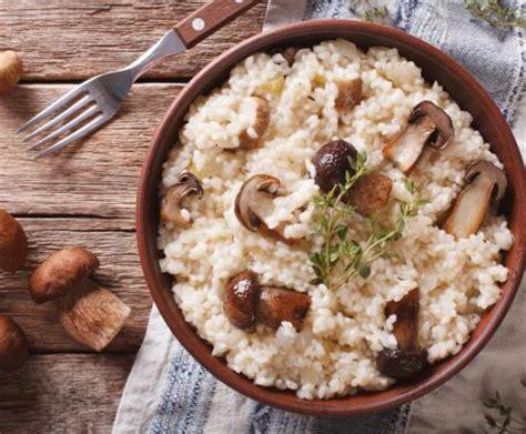 coniglio cucinato con il bimby risotto ai funghi porcini con pentola a pressione la