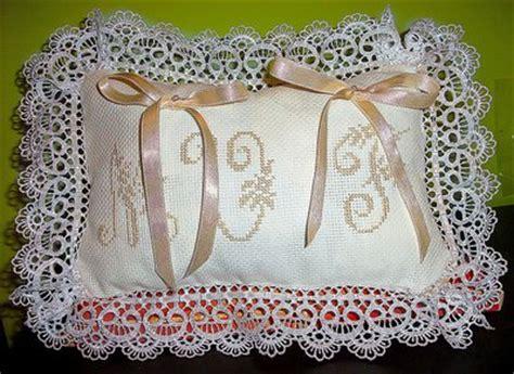 cuscini per fedi nuziali punto croce cuscino fedi ricamato cuscinetto portafedi in pizzo punto