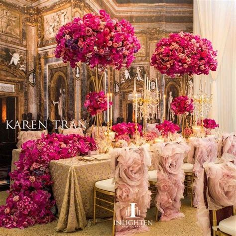 Glam light pink, dark pink and gold wedding decor with