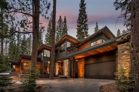 beautiful mountain houses 35 beautiful mountain house designs ideas livinking