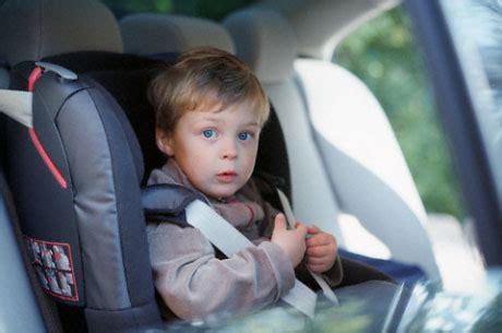 Kinder Im Auto Transportieren by Wie Man Ein Kind Im Auto Transportieren Car Lady