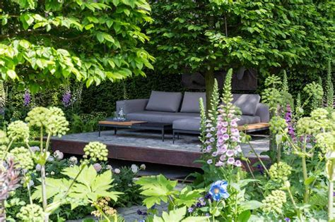small garden area ideas garden tour a small garden design with a