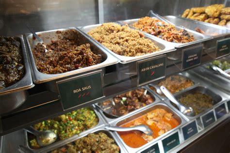 Tempat Makan Food Tray beautika manado food berita pos