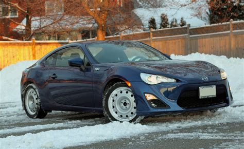 Front Wheel Drive Cars In Snow by Tgif R S Can You Drive A Rear Wheel Drive Sports Car All