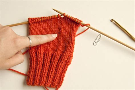 how to fix a dropped knit stitch knitting fundamentals how to fix dropped stitches