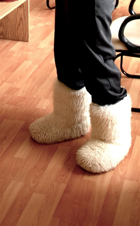 fuzzies boots 32 best images about fuzzy boots on see best