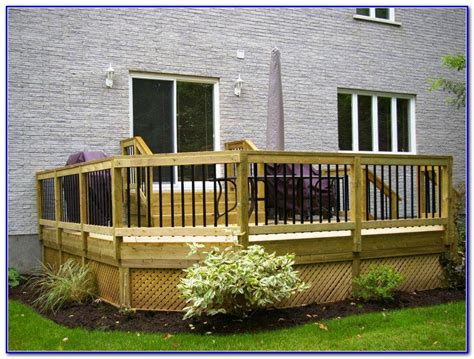 decks for small backyards small backyard decks pictures decks home decorating