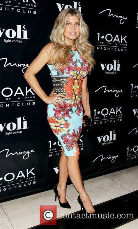 Dress 30th Friday fergie picture fergie and cattrall friday 30th