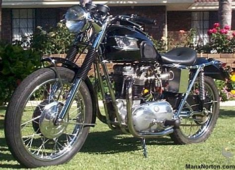 Triumph T120 Custom