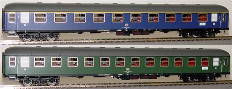 set of 2 ls ls models set of 2 passenger cars of quot woerthersee quot