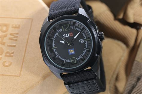Jam Tangan 5 11 Digital jual jam tangan 511 tactical analog turn back crime tali