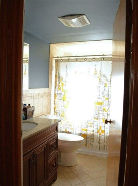 paint ceiling same color as walls in bathroom paint the ceiling the same color as the walls for a