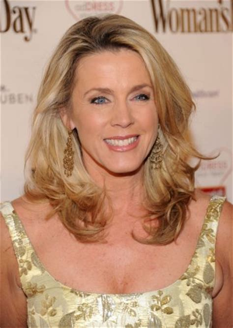 inside edition hair color deborah norville measurements height weight bra size age