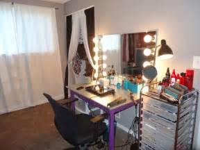 Makeup Vanity Plans Diy Diy Vanity Mirror Make Up Room