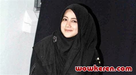 17 Catatan Hati Umi umi pipik batasi syuting stripping catatan hati seorang istri 2 kabar berita artikel
