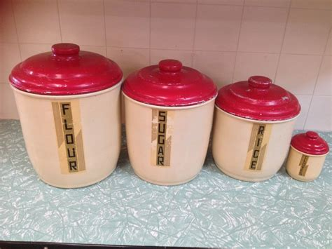 kitchen canisters set of 4 set of 4 vintage retro aluminum kitchen canisters halsey