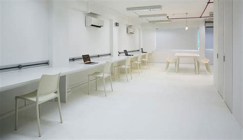 superminimalist com studio sklim s super minimalist thin office azure magazine