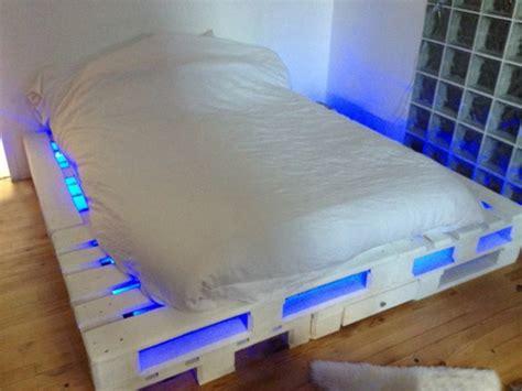 Kopfteil Bett Einzeln by Bett Aus Paletten 32 Coole Designs