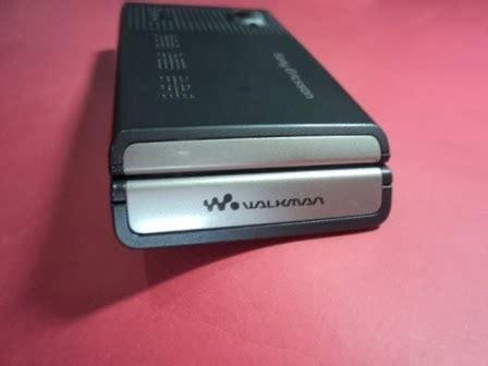 Hp Sony Xperia Lama menjual casing handphone tipe lama item sony ericsson w380