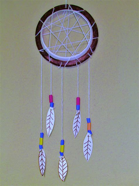 How To Make Paper Plate - how make a paper plate dreamcatcher
