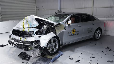 volvo     top safety ratings  euro ncap carscoops