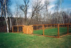 Backyard Fence For Dogs by Fencing Ideas Fence Landscaping Tips For Your