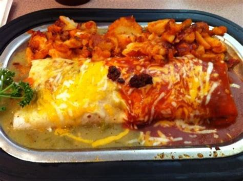 Pantry Restaurant Santa Fe Nm by Breakfast Burrito Sauce Picture Of Pantry