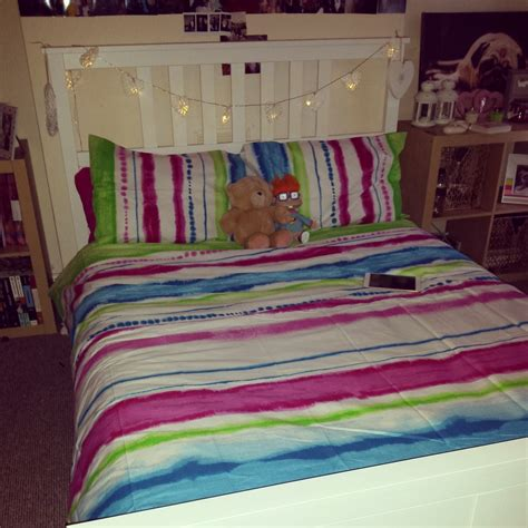 how to dye a comforter bedroom cool tie dye comforter decor with white beds and