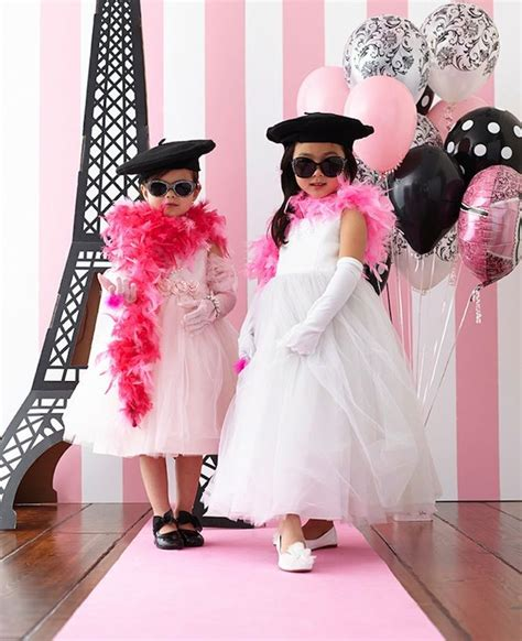 clothing themed parties linen lace love birthday express party inspiration