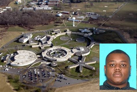 youth correctional facility officer indicted for inmate