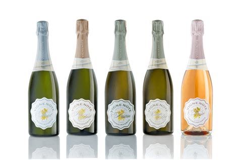 wine label design rules 2 design rules for incredible wine label design designhill
