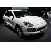 Porsche Cayenne S Hybrid  2010 Geneva International Motor
