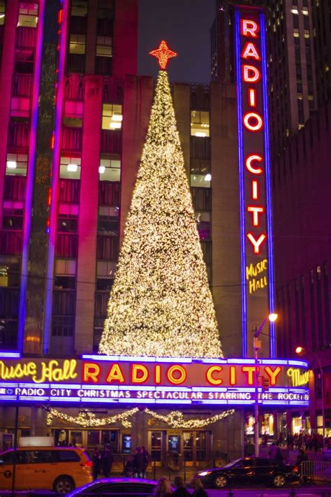 radio city christmas tree radiocityxmas pro car and limo l l c