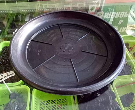 tatakan pot diameter 22 cm hitam bibitbunga