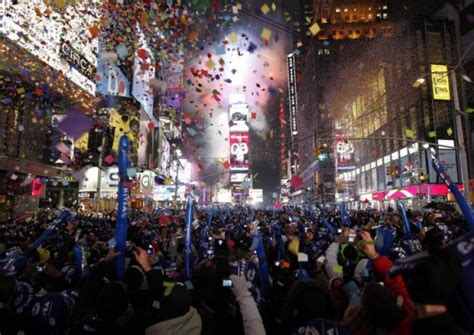 new years drop times square time square drop gif wallpaper