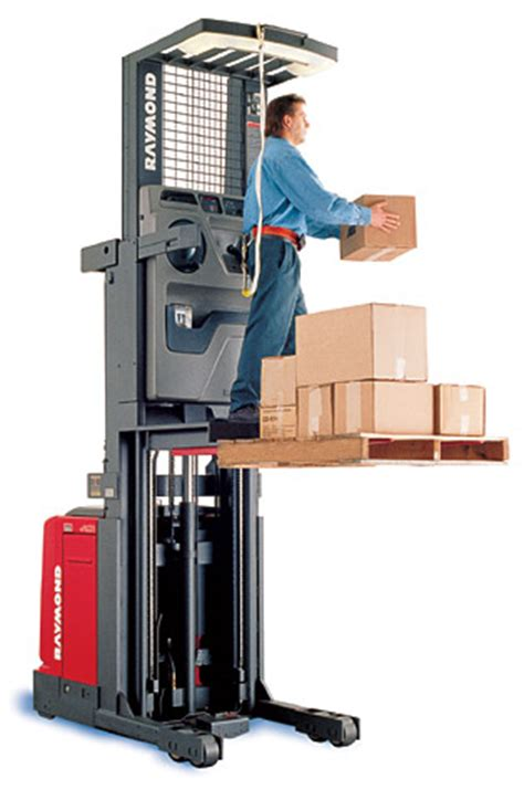 material handling equipment to improve the efficiency and effectiveness warehouse and logistic