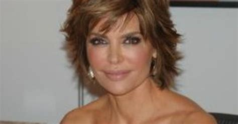 lisa rina hair styling products lisa rinna wears depends on red carpet more lisa rinna