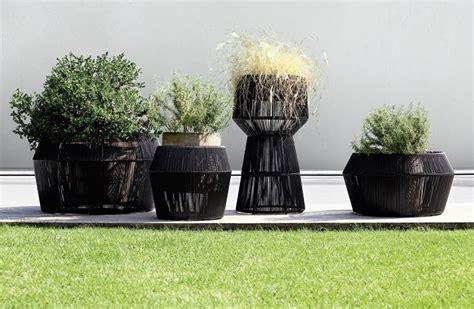 vasi in pvc per esterno le fioriere per esterno vasi e fioriere fioriere