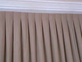inverted box pleat drapes 25 best ideas about pinch pleat curtains on