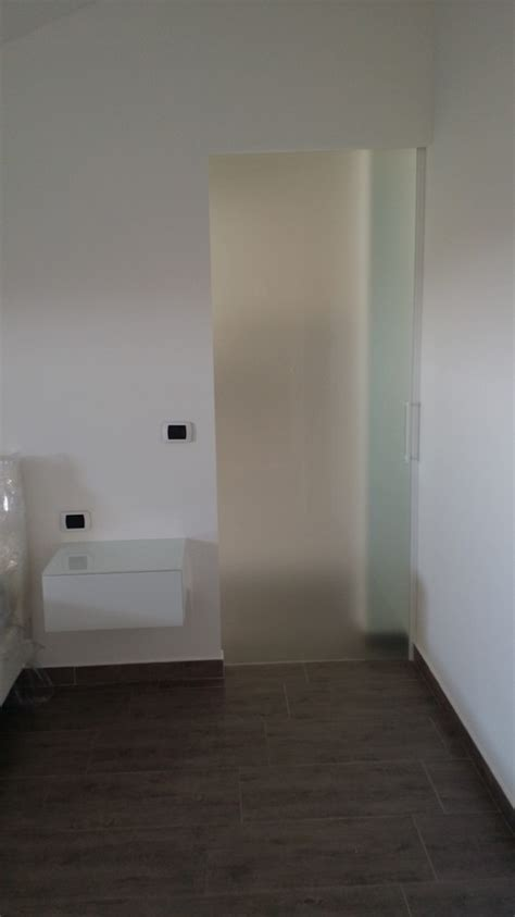 cabina armadio dietro al letto cabina armadio dietro il letto