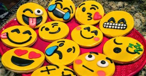 Balon Emoticon Aneka Karakter Emoticon Ekspresi resep asyik resep membuat kue kering karakter emoticon mudah